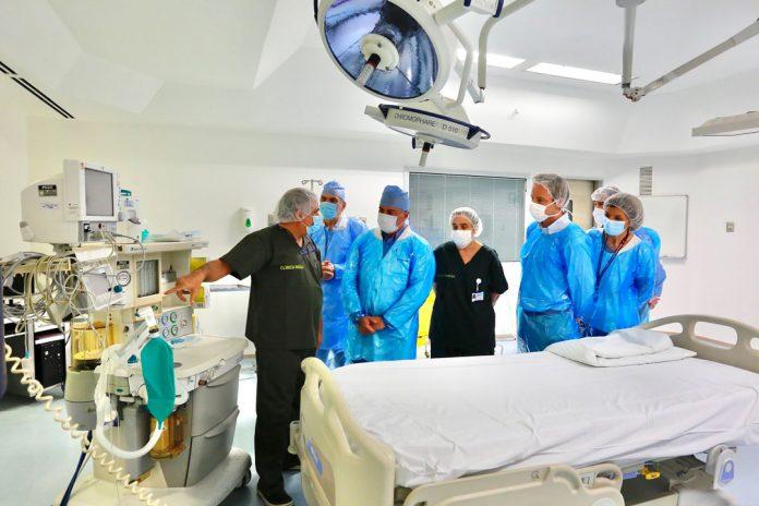 Autoridades de Salud supervisan cumplimiento de habilitación de camas críticas en clínicas privadas