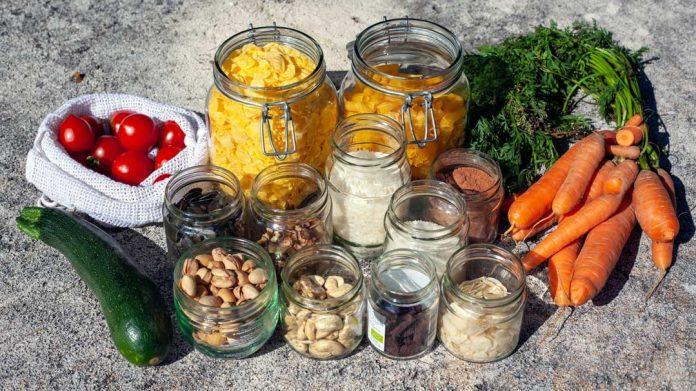 Envases para almacenar alimentos en el hogar