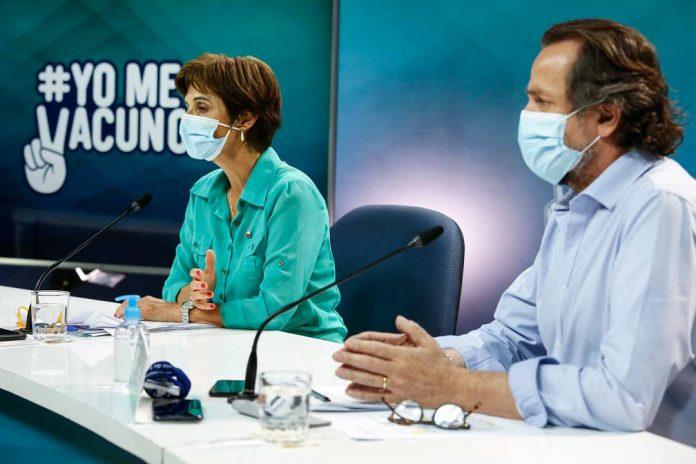 Minsal refuerza llamado a la vacunación de adultos mayores rezagados