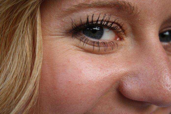 Estudio revela que la pérdida de grasa aceleraría el proceso de envejecimiento del rostro