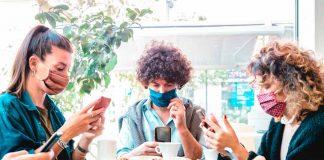 Verbalizar el cariño: la mejor manera de mejorar las relaciones de amistad en pandemia
